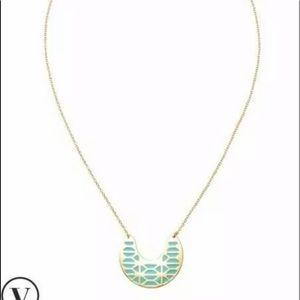 Stella and dot breezeblock gold necklace